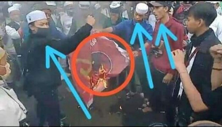 Bendera PDIP Dibakar, Ferdinand Demokrat Tanya: Siapa yang Percaya Pelaku Itu Penyusup?