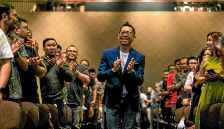 Foto Berita Yohanes G Pauly, Lahir dari Keluarga Miskin Jadi Business Coach