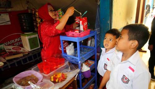 Danone Donasikan Rp1 Miliar ke 234 Pengelola Kantin Sekolah