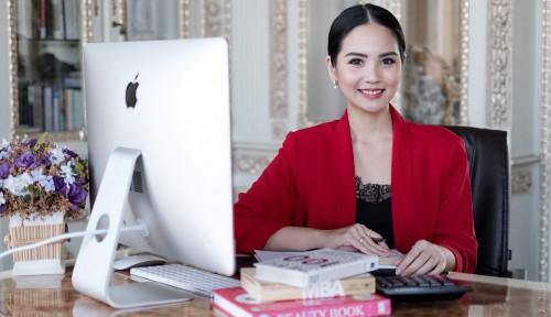 Foto Sukses Berbisnis Sejak Muda, Womenpreneur Ini Ungkap Rahasianya