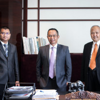 Masuk Bursa, Saham Perusahaan Real Estate Langsung Melejit