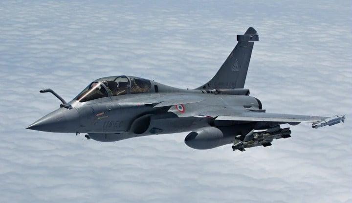 AU India Terbang ke Perbatasan Pakai Jet Rafale Prancis, Gertak China?