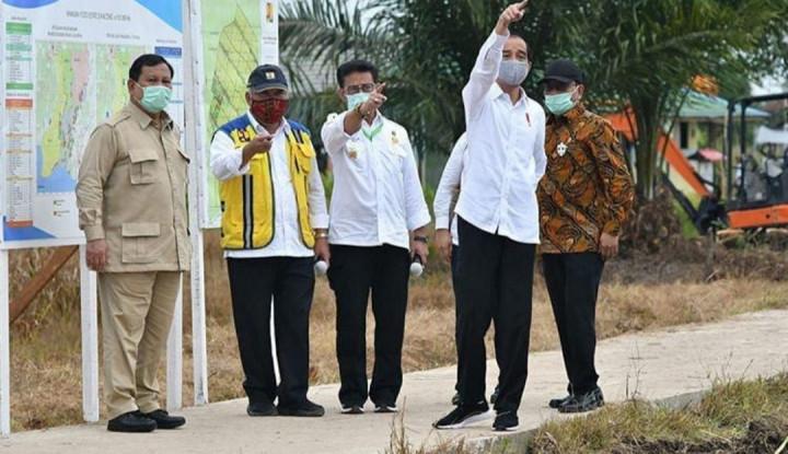Saat Prabowo Tampak Serius Dengar Arahan Presiden Jokowi