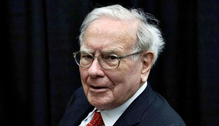 Foto Berita Mantap! Warren Buffett Kenalkan Bos Wanita Pertama Perusahaannya