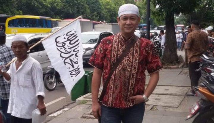 Denny Siregar Tak Juga Diperiksa, Ponpes Tasik Ancam Akan...
