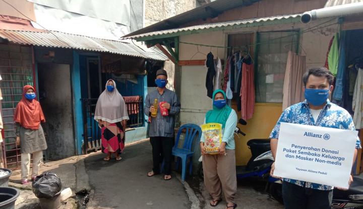 Allianz Donasikan Paket Sembako dan Masker ke Sejumlah Kota