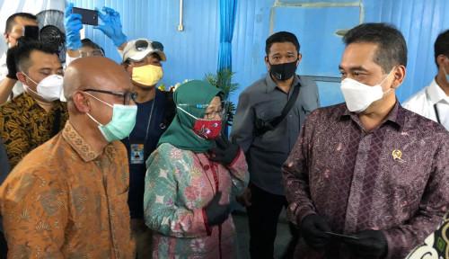 Kemendag Resmikan Gudang Ayam Karkas Beku di Bekasi
