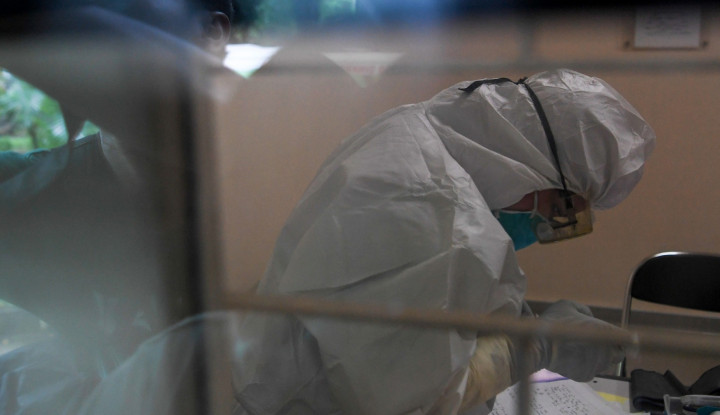 positif covid-19, dokter spesialis paru di medan meninggal