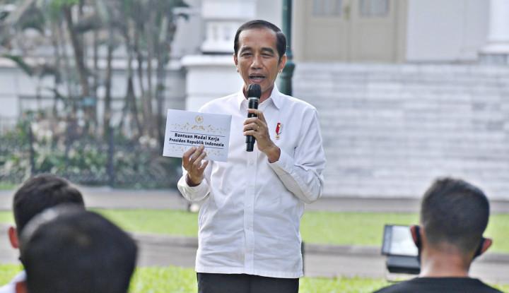 Presiden Jokowi Terlalu Manjakan TNI
