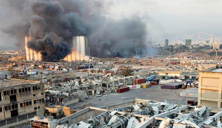 Ledakan Besar Beirut Tewaskan 100 Orang dan Ribuan Luka-luka