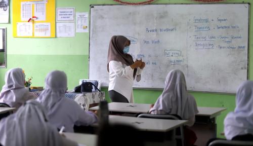 Alumnus Non-Muslim SMKN 2 Padang: Tak Ada Paksaan Pakai Jilbab