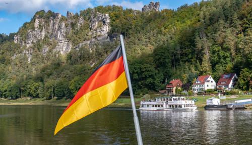 Waspada, Jerman Pertimbangkan Setop Semua Penerbangan Internasional