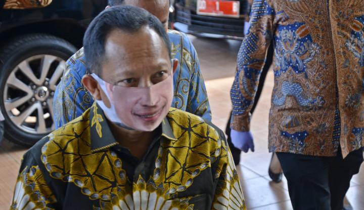 Gak Bisa, Tito Gak Berwenang Copot Anies