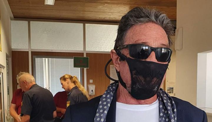 Foto Berita Jadikan CD Wanita sebagai Masker, Miliarder Teknologi Ini Ditahan