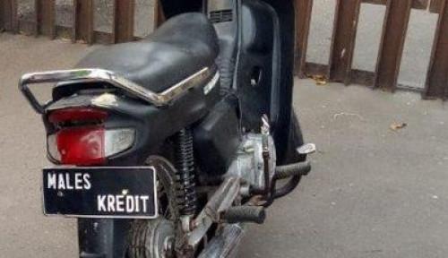 Gelar Razia, Polisi Tilang Motor Berplat 'Males Kredit'