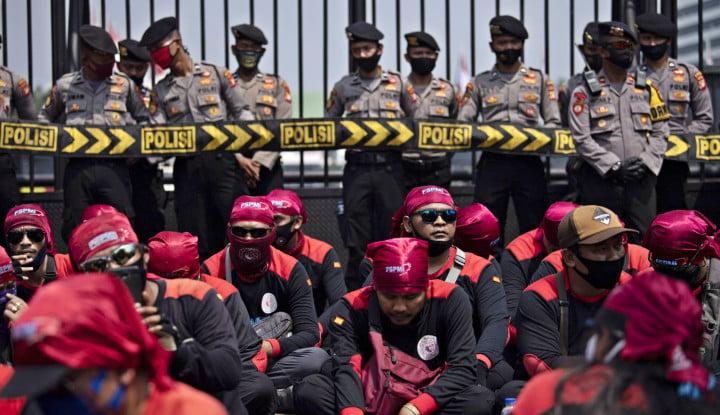 Jakarta Dikunci, Gelombang PHK Massal di Depan Mata, Ngeri!