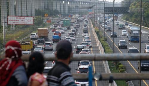 Libur HUT RI ke-75, Ratusan Ribu Kendaraan Tinggalkan Jakarta