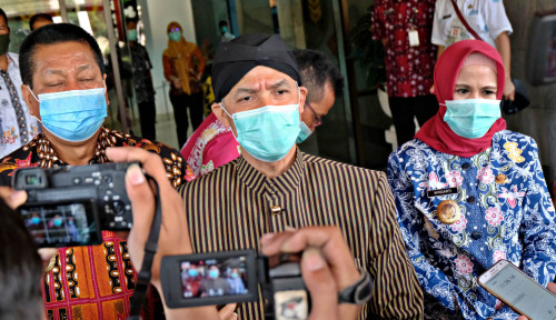 Nah Lho, Pak Ganjar Aja Gak Yakin Calon Kepala Daerah Bisa Terapkan Protokol Kesehatan