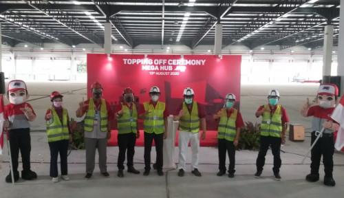 Bangunan Mega Hub, JNE Lakukan Topping Off
