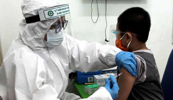Mereka yang Tak Kenal Lelah Perjuangkan Vaksinasi di Indonesia