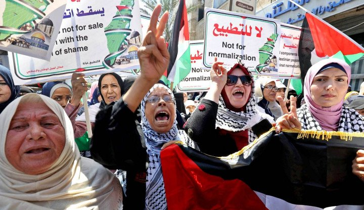 Negara Arab Jatuh ke Pelukan Israel, Siapa Paling Diuntungkan?