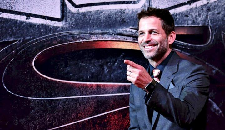 Zack Snyder Masih akan Produksi Beberapa Film di Netflix