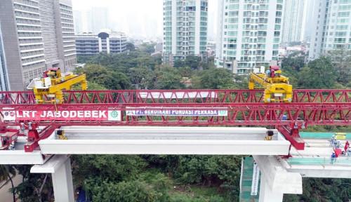 Adhi Karya Pasang U-Shaped Girder Terakhir LRT Jabodebek