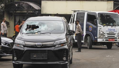 Ratusan Pengendara Motor Ngamuk di Ciracas, Driver ANTV Kena Dorr