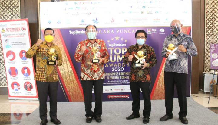 Kinerja Moncer, Bank DKI Raih Top of The Top BUMD 2020
