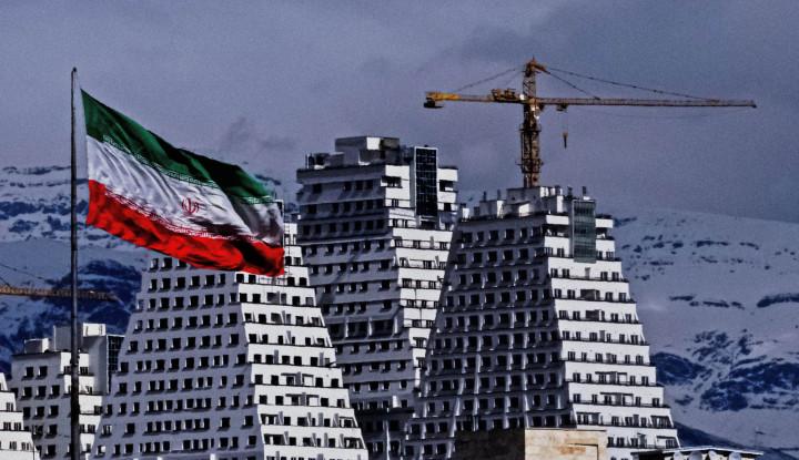 Sambil Bersyukur, Rakyat Iran Mau Biden Longgarkan Sanksi-sanksi