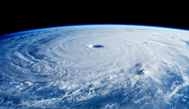 Kota Wuhan China Digempur Tornado Dahsyat, 6 Orang Tewas, 27 Rumah Roboh!