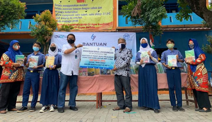 PTPP Salurkan Bantuan Covid-19 ke 3 Sekolah di Depok