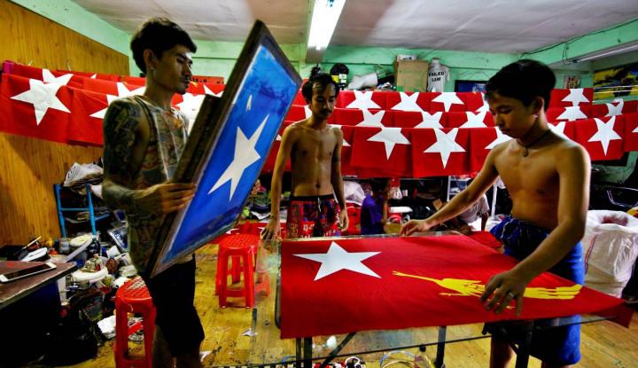 Pembatasan Aktivitas di Yangon Mantap, Barikade Kayu dan Besi Pun Dipasang