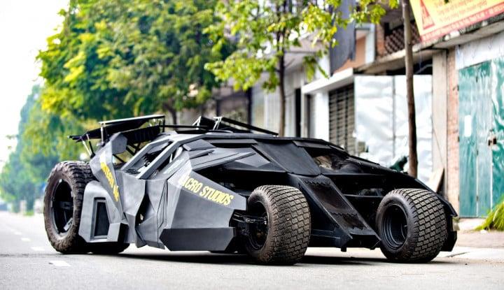 Pemuda Vietnam Kuras Dompet Rp280 Juta buat Bikin Mobil Batman