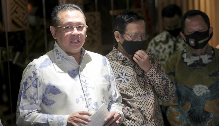 Ketua MPR Minta KPU Jangan Maksa Gelar Pilkada Serentak