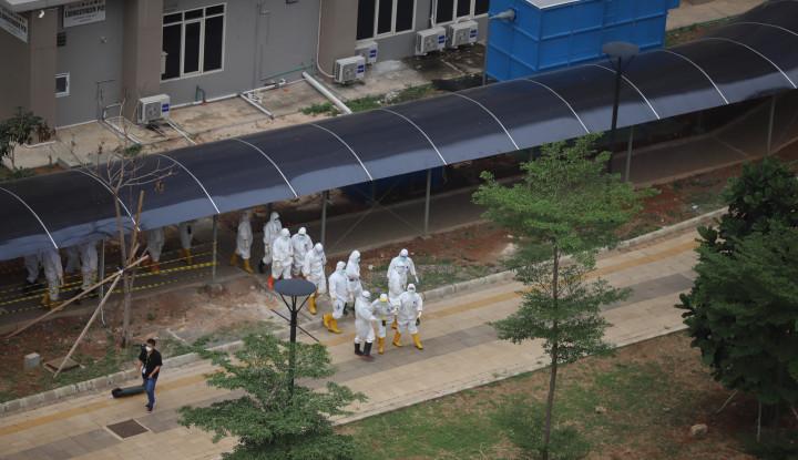 34 Pendemo Reaktif, Polisi Langsung Angkut ke RS Wisma Atlet