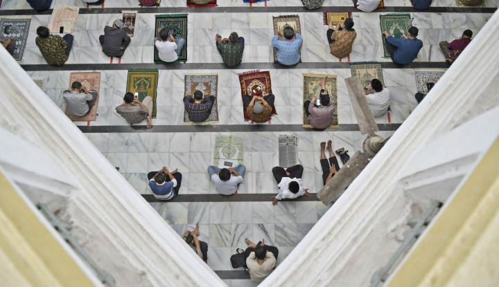 Wagub Riza Patria: Shalat Jumat di Masjid Ditiadakan
