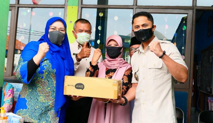 Giliran Pelajar Bandung Barat Dapat Paket Internet Gratis XL Axiata