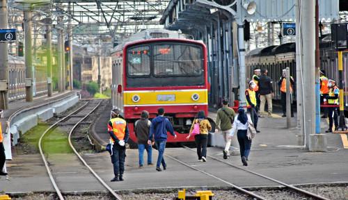 Kereta Api Perkotaan Boleh Angkut Penumpang Pada Larangan Transportasi 12 Hari, Cek Rutenya...