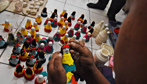 Foto British Council: Sektor Kerajinan RI Banyak Manfaatkan Material Daur Ulang
