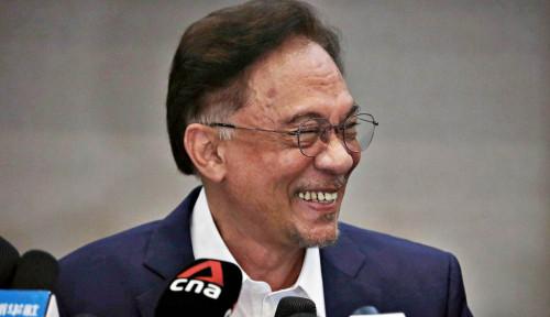 Anwar Ibrahim Bete Sultan Malaysia Berpihak ke Muhyiddin Yassin