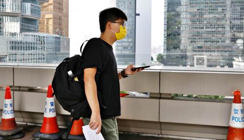 Hong Kong Jebloskan Aktivis Demokrasi Joshua Wong ke Dalam Penjara
