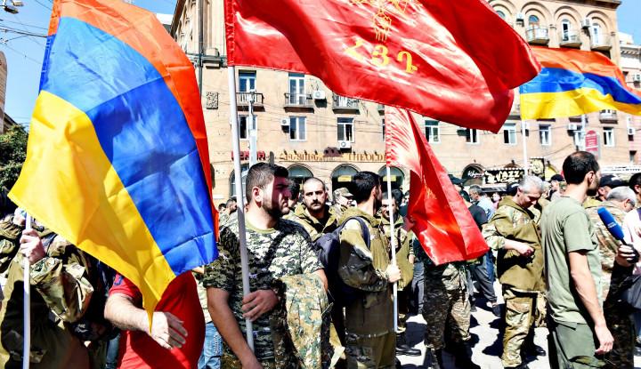 Ibu Kota Armenia Membara, Pedemo Ibaratkan Erdogan Hitler Kedua