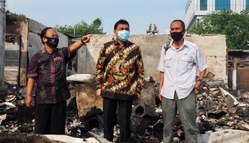 Foto Pedagang Pasar Cempaka Putih Korban Kebakaran Menanti Bantuan Modal Pemerintah