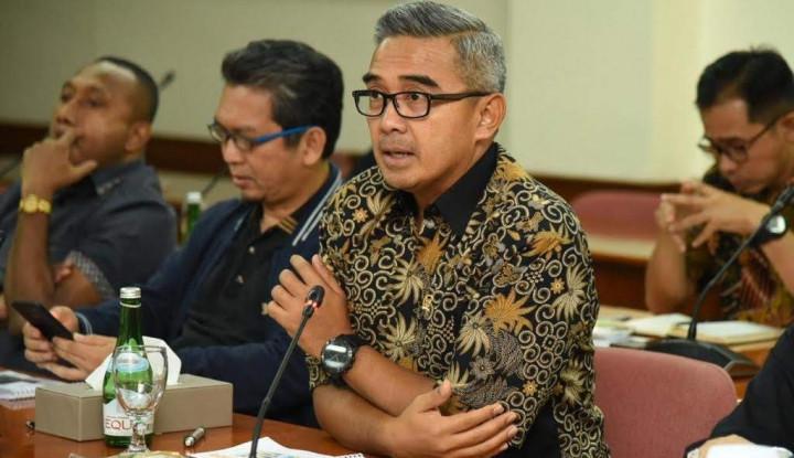 DPR Bilang Omnibus Law Momentum Digitalisasi Penyiaran dan Murahkan Internet!