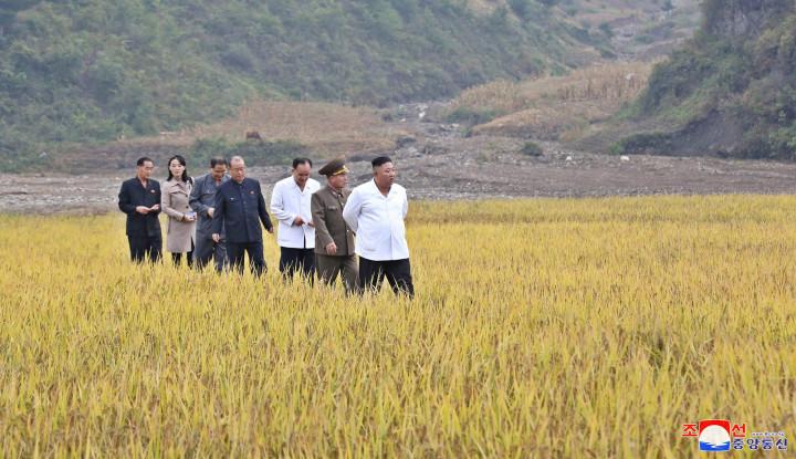 Kim Jong-un Menangis saat Ungkap Kesulitan Rakyat Korea Utara