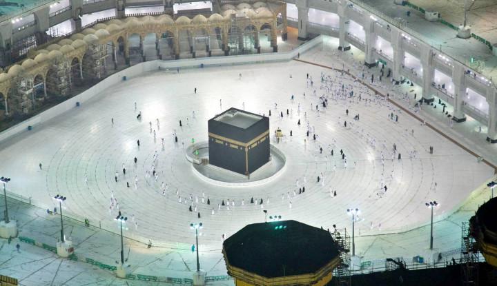 Hampir Seminggu Umrah Dibuka tanpa Ada Kasus Corona Baru, Arab Saudi Puji Para Jemaah