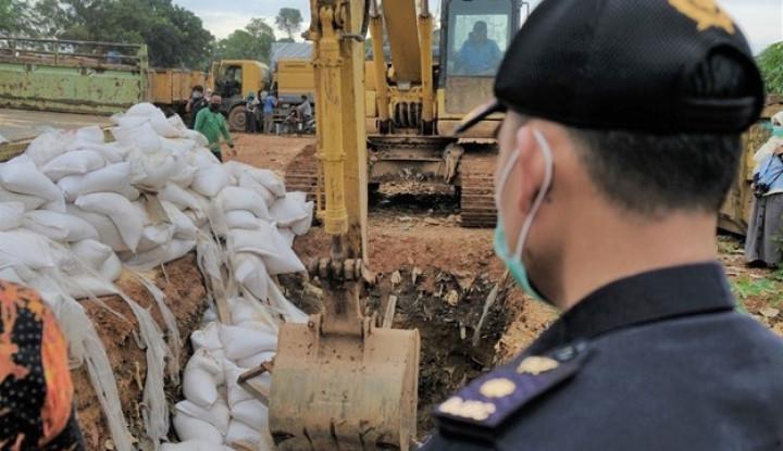 Tak Penuhi Persyaratan Impor, Bea Cukai Batam Musnahkan 15 Ton Jagung