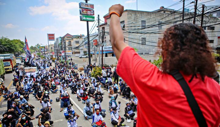 Tak Berhenti, Demo Tolak Omnibus Law Terus Berlanjut