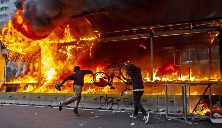 Anies: Belum Pernah Kita Mengalami Demonstrasi Membakar Fasum di Thamrin dan Sudirman